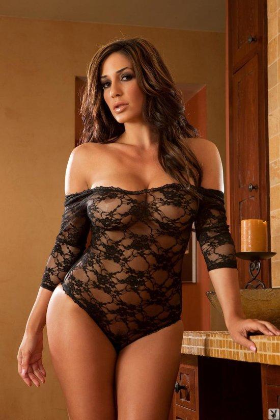 Исходящая от Natalina Marie уверенность в своей сексуальности (15 фото)