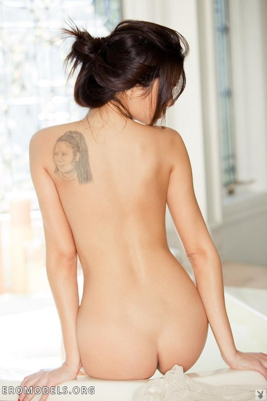 Красивая подача тела - основная фишка Jennie Reid (15 фото)