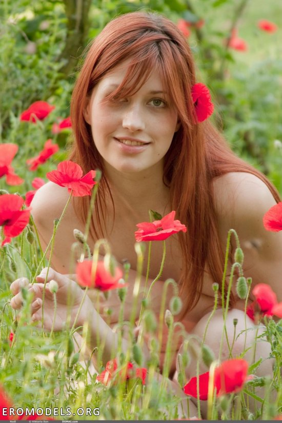 Рыжеволосая полевая фея Nadin (14 фото)