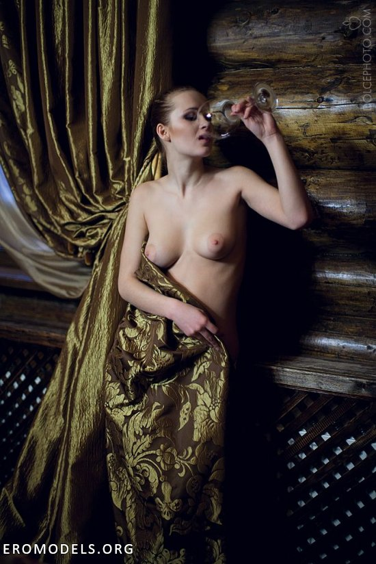 Великолепие откровенного арта в творениях Андрея Андреева (22 фото)