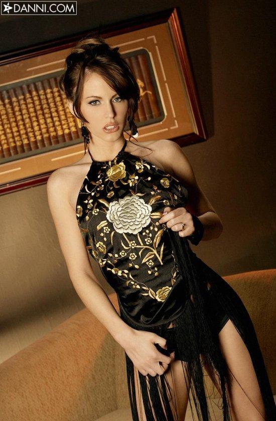 Незабываемый вечер немножко пьяной Jenna Presley (12 фото)