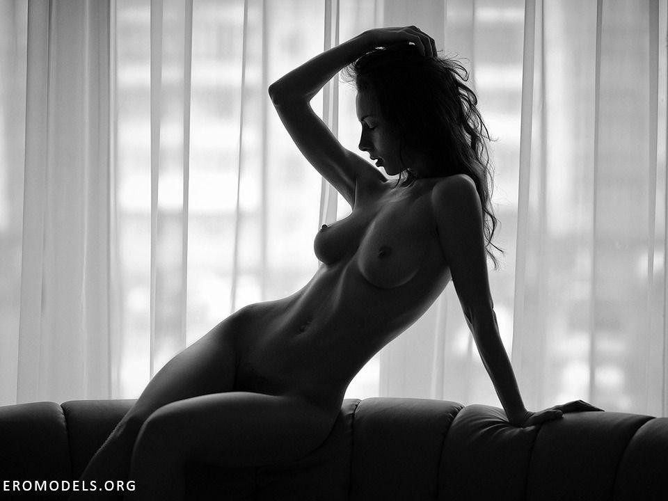 striptiz-eroticheskiy-video
