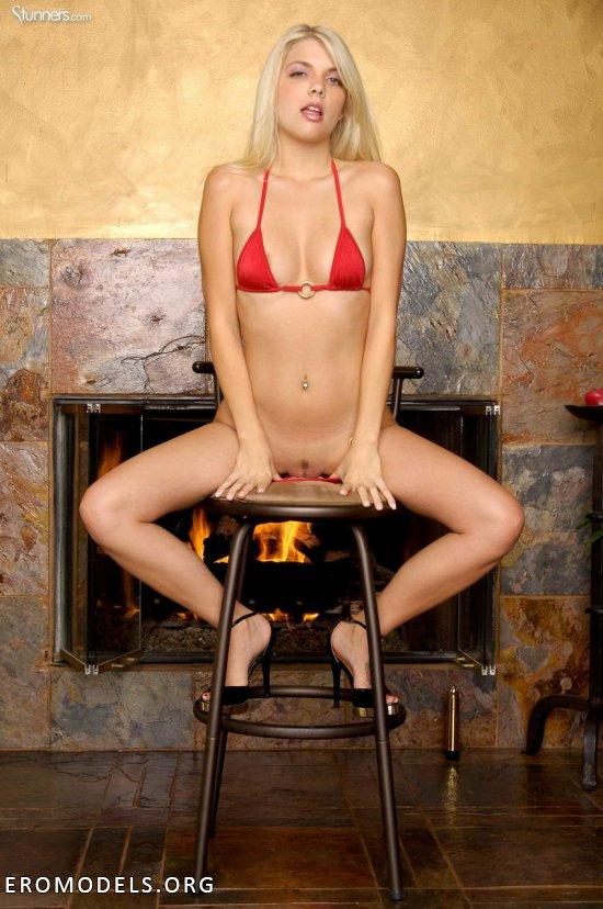 Необузданный скромностью темперамент Jana Jordan (18 фото)