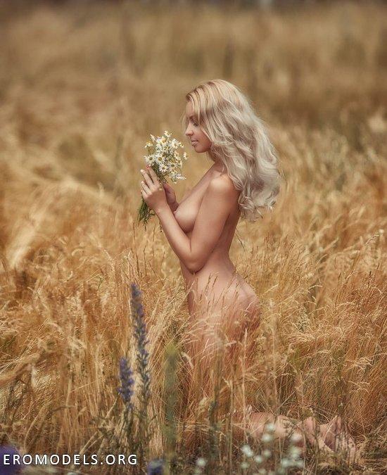 Интим со спокойными нотками от Элины Шумковой (26 фото)