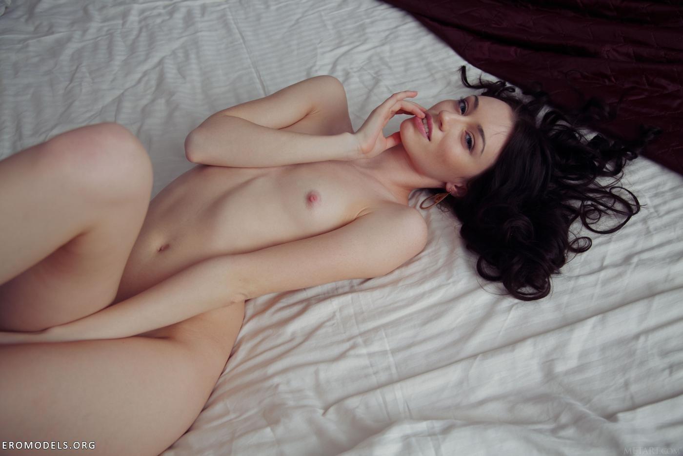 Цыганки эротические фото 16 фотография