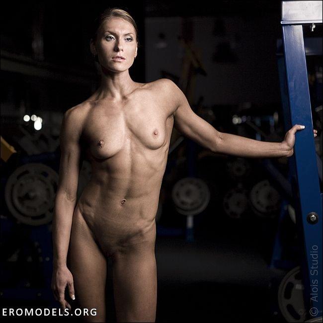 Фото бесплатно спортсменки голые