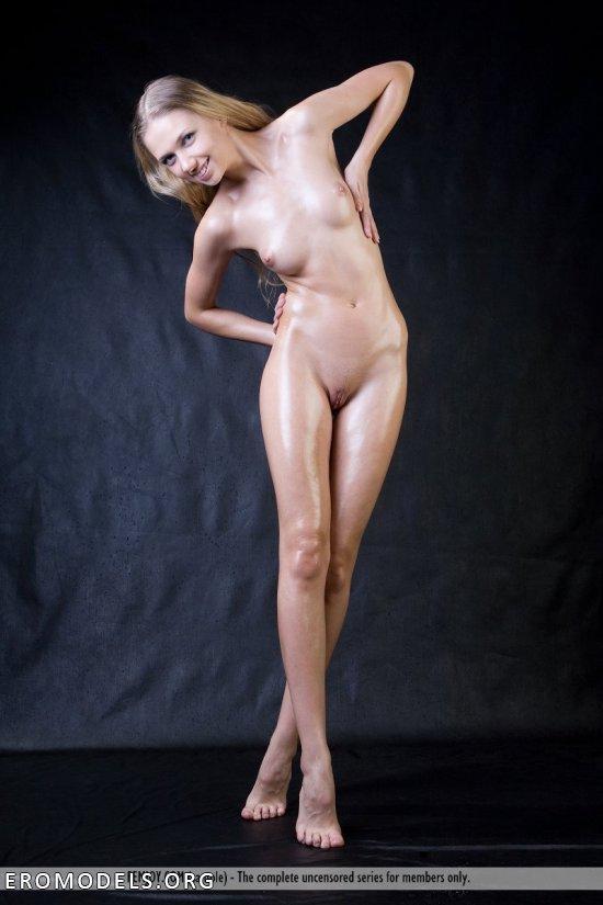 маленькие гимнастки голышом фото
