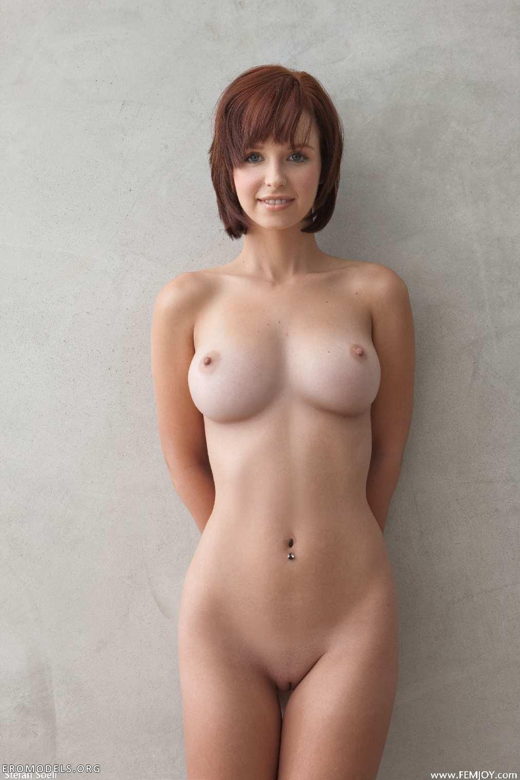 Фото красивых девушек с большой грудью голышом 17 фотография