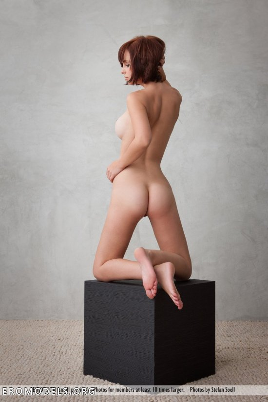 Кадры с полным акцентом на эротичности Hayden Winters (25 фото)