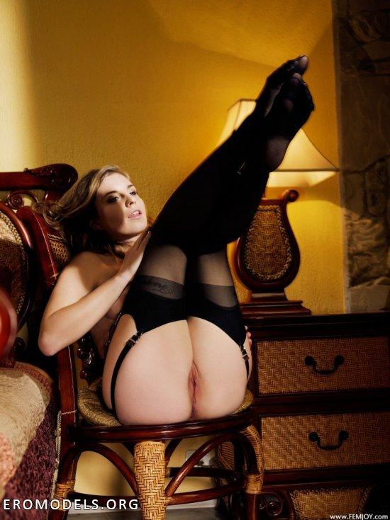 Вечер беспрерывных наслаждений в обществе Emma (15 фото)