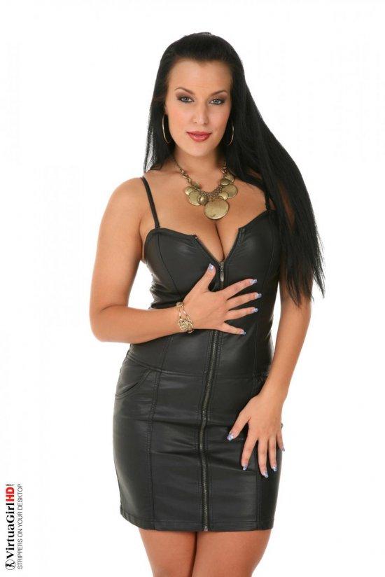 Апогей сексуальности раскаленной Carmen Croft (16 фото)
