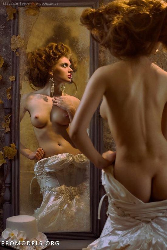 kuplyu-fotografii-eroticheskie