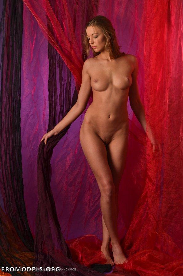 фото голая анисимова