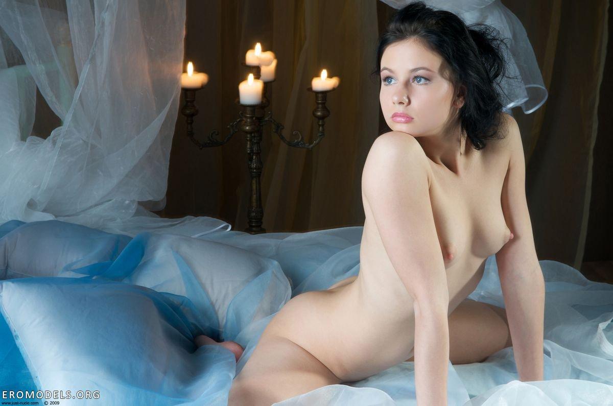 Постельные эротические фото 2 фотография