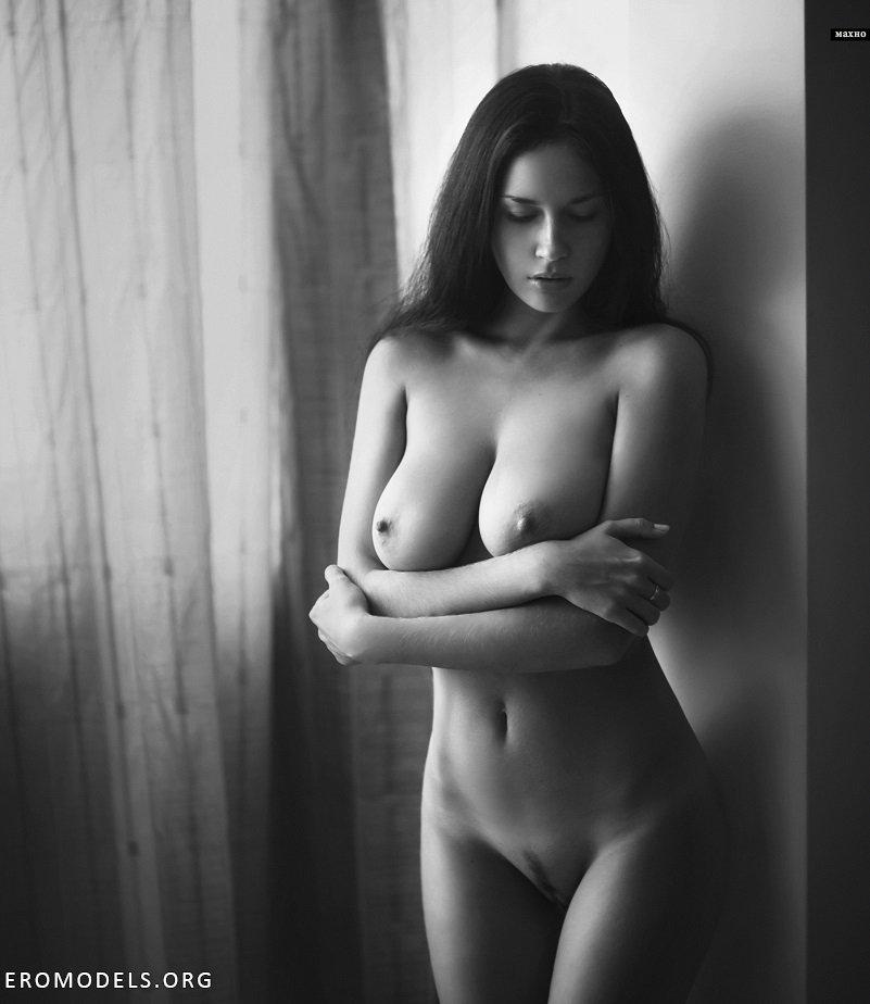 черно белые фото голых баб