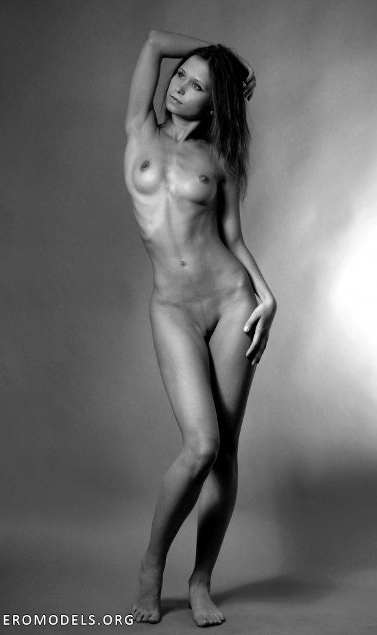 Портфолио голых моделей, найти порно фотографии женщин с красивыми большими сосками