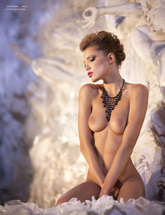 Мастерица первоклассного эротического арта - Viktoria Dolc (56 фото)