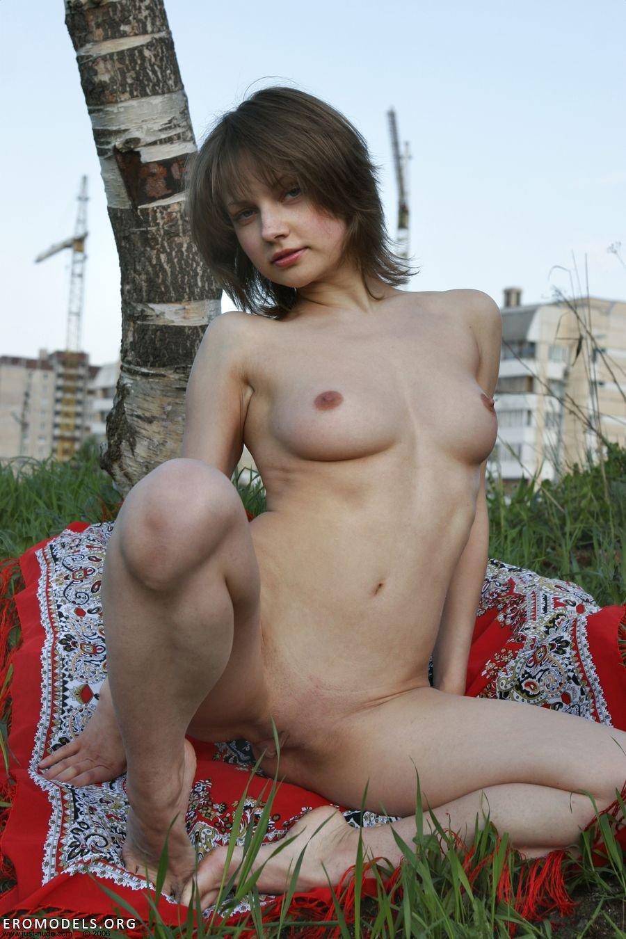 Эротическое порно на улице 7 фотография