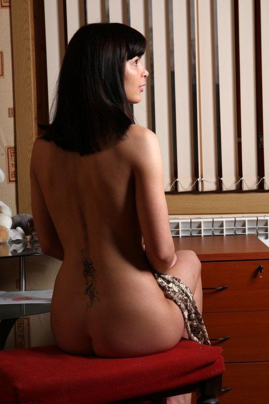 Соблазняющий досуг в комнате Nadia (26 фото)