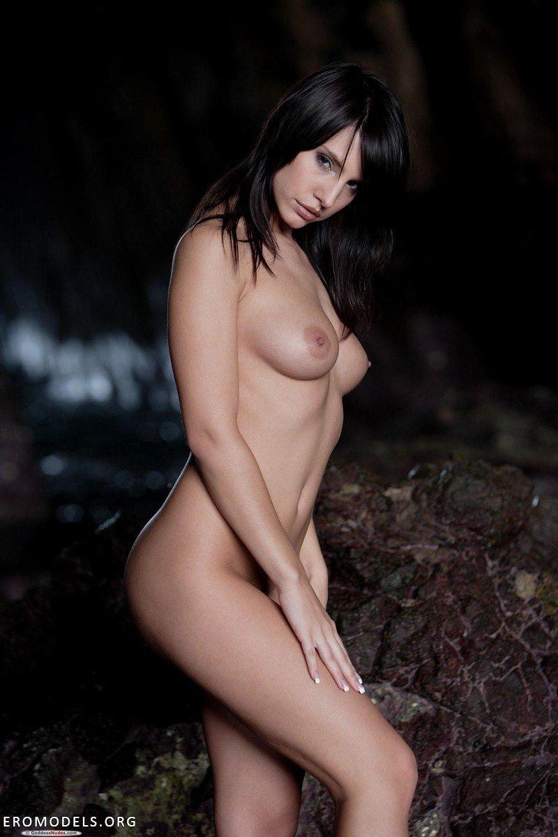 Страстная голая мамочка фото 8 фотография