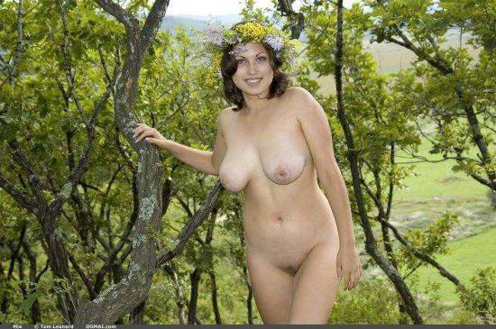 Обладающая удивляющей эротичностью Mia (20 фото)