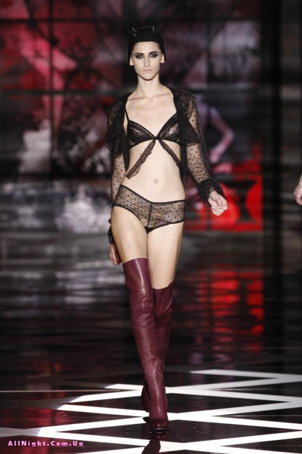Bella Hadid Gets Bold Is Practically Nude During Sexy Fashion Show