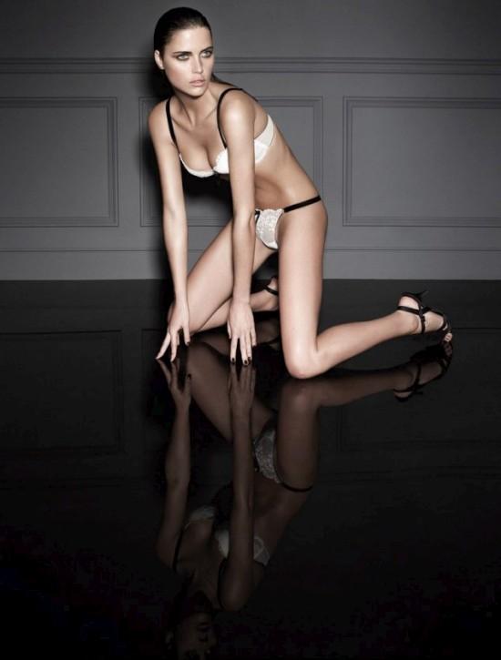 Канадская супер модель Zoe Duchesne (22 фото)