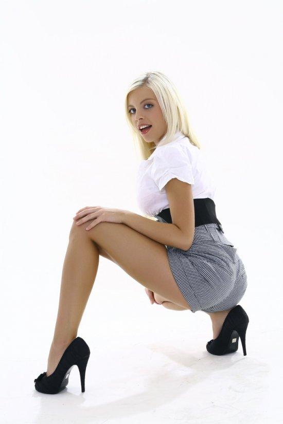 Соучаствующая в обогащении откровенного жанра Britney Amber (16 фото)