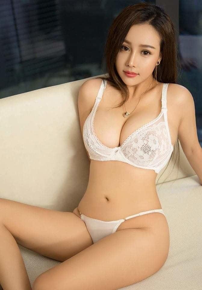 Азиатки В Нижнем Белье Фото