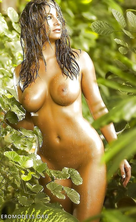 Wife nude jungle